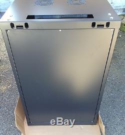 18U IT Wall Mount Network Server Data Cabinet Rack Glass Door withLock, Key & Fan