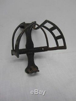 Antique J. L. Mott Iron Works Ny Cast Iron Equestrian Barn Wall Mount Bridle Rack