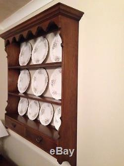 Antique Style Oak Wall Mounted Plate rack/Display Unit