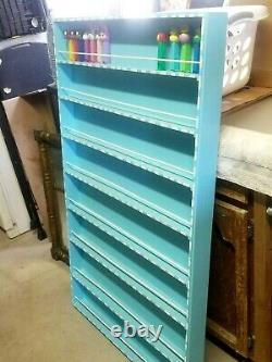 BEAUTIFUL PEZ WOODEN WALL MOUNT DISPLAY RACK HOLDS APPROX 200 PEZ DISP 49t X 30w