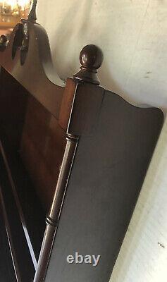 Bombay Company Wall Mounted Curio / Shelf /Plate Rack Mahogany/Cherry Finish
