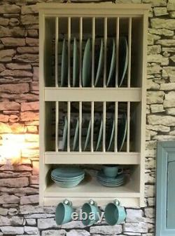 The Berkshire Wall Mounted Pine Plate Rack